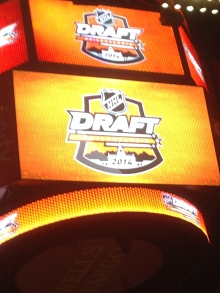 2014-06-27 NHL draft sign