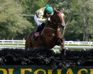 Barnstorming and Sean McDermott take the Michael G. Walsh Novice Stakes at Saratoga in 2013. Photo NYRA/Adam Coglianese